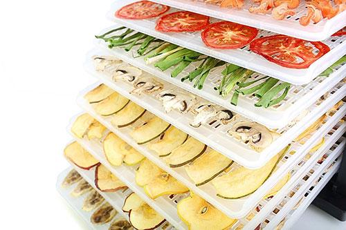 фрукты и овощи в сушилке